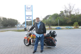 St Augustine Bryn Mawr Campground Motorcycle Harley Davidson 1994 Heritage softail Knight's Cycles 20171104_6124 sfds Surf Station Shane